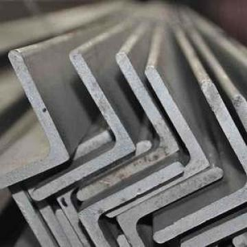 Black Hot Rolled Carbon Mild ASTM A36 Q235 Ss400 Steel Angle China Equal Angel Bar/Angle
